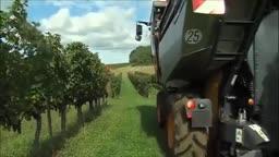 برداشت محصولات کشاورزی به روش مکانیزه