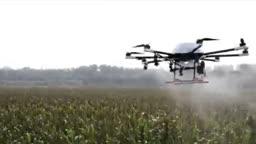 هواپیماهای بدون سرنشین به کمک کشاورزان آمدند